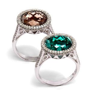 Anillo de oro blanco con Diamantes y Topacio, Esmeralda o Cuarzo Fumé